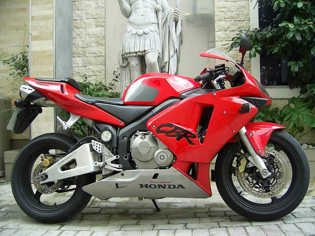 Red Black 2004 Honda CBR600RR