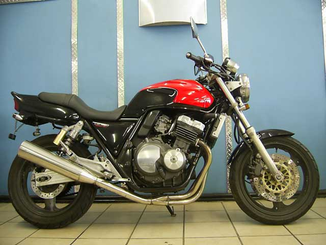 Black Red Honda CB400 Super Four