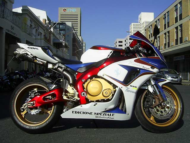 Custom Honda CBR1000SP